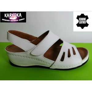 389-бяло KARYOKA ортопедични ниски кожени сандали