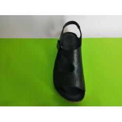 085Д-черно-KARYOKA ниски кожени сандали