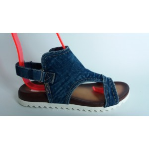 Мод:215-A Дънкови сандали