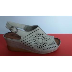 Мод:404 кожени сандали на платформа