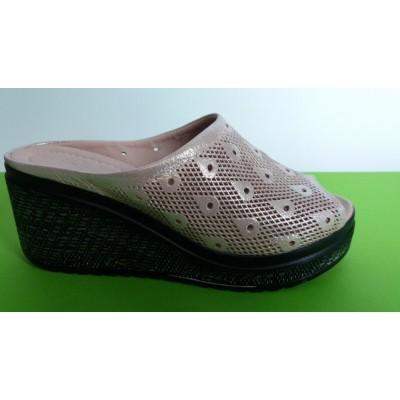 Мод:713  Високи чехли естествена кожа