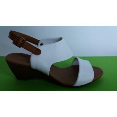 Мод:721 Kожени сандали на платформа